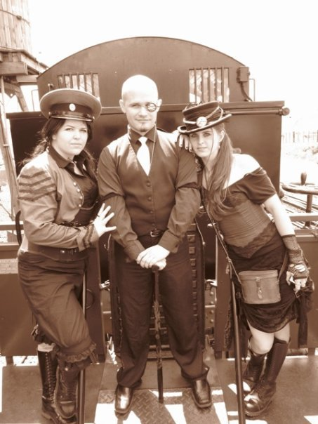 steampunk-train-photoshoot